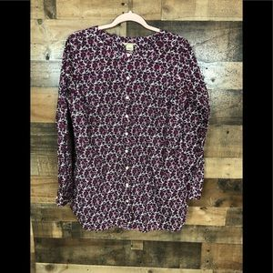 Duluth trading floral print top